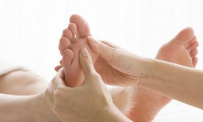 pijat kaki selama kehamilan