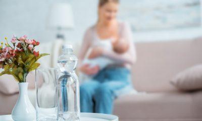 ibu menyusui minum air es